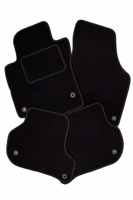 Auto koberce Kia New Sportage 2010 > černé, textilní SIXTOL