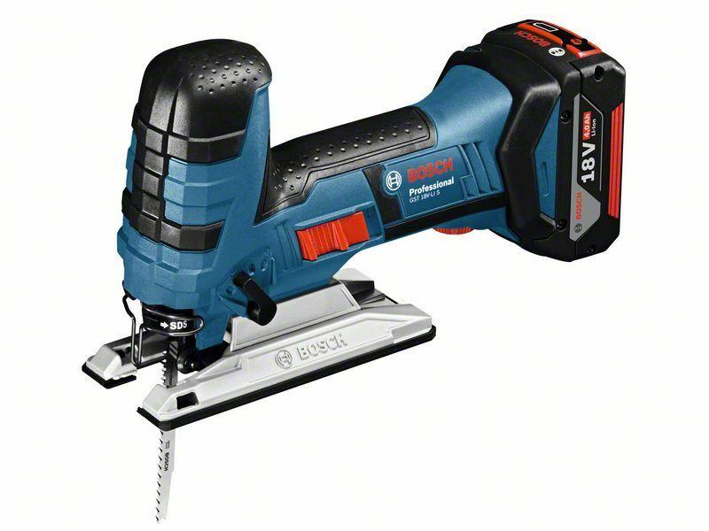 Aku kmitací pila Bosch GST 18 V-LI S Professional, nabíječka, 2x baterie, 06015A5104