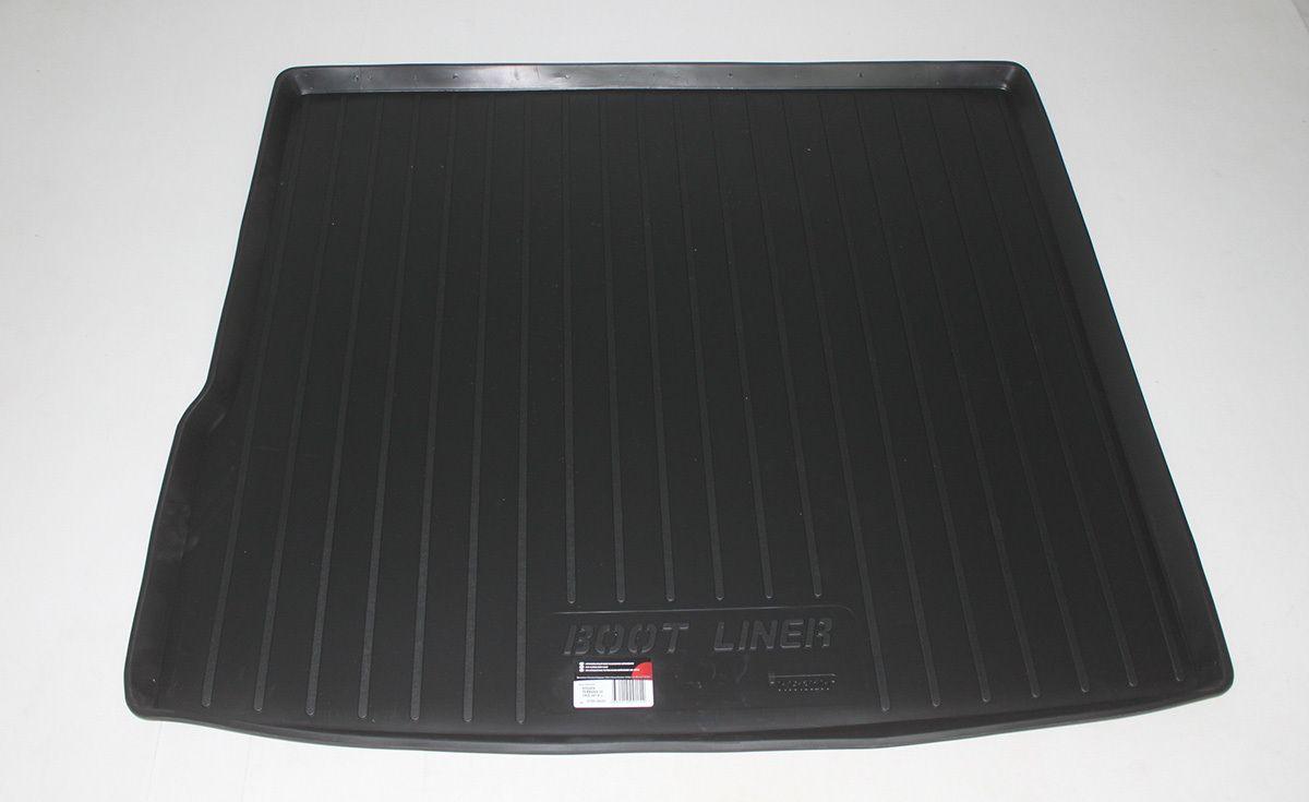 Vana do kufru gumová Nissan Terrano II Facelift 2WD (14-) SIXTOL