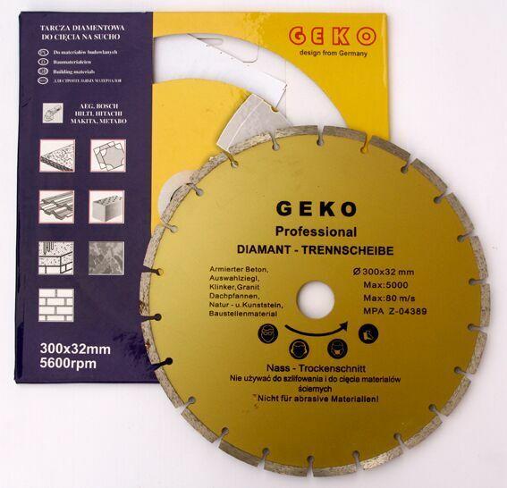 Diamantový řezný kotouč segmentový, 300x8x32mm, GEKO