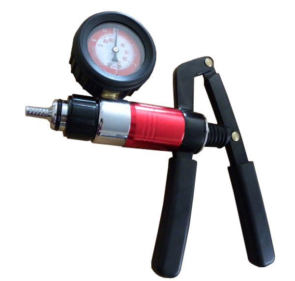 GEKO G01155 Podtlaková pumpa pro odvzdušnění brzd + výbava, kufr