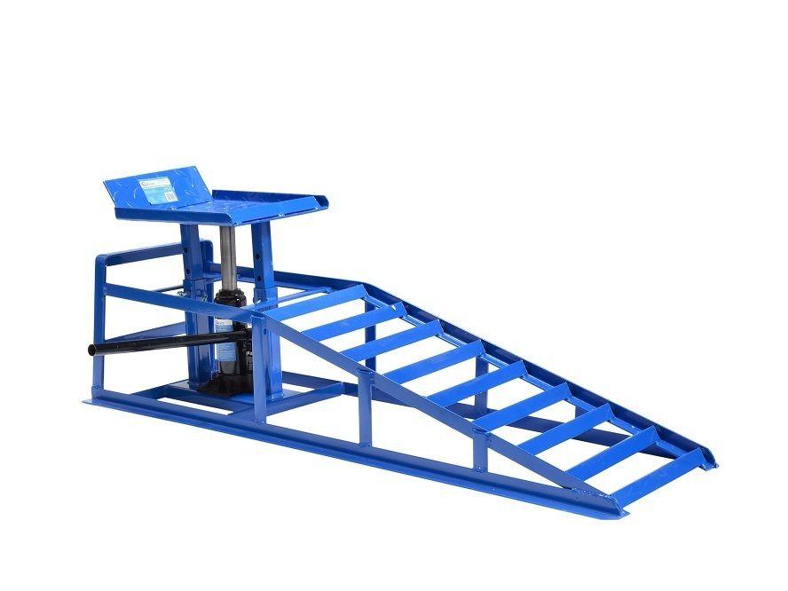 Nájezdová rampa s hydraulickým zvedákem 2t GEKO
