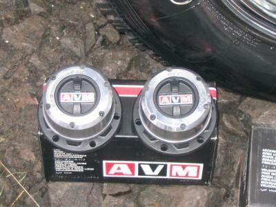 Volnoběžka AVM 423 - Nissan
